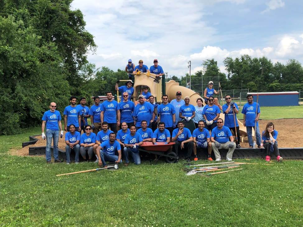 Group of Citi volunteers helping at boys and girls clubs of delaware